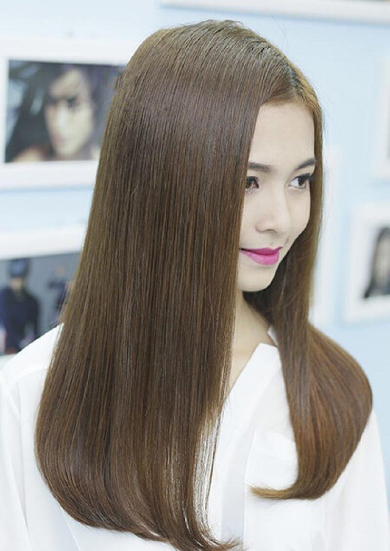 Phần tóc được xử lý cụp đuôi sẽ dễ dàng tập trung sự chú ý của người đối diện