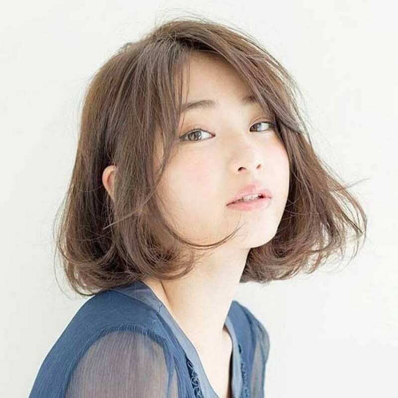 Tóc bob ngắn là sự lựa chọn khá hoàn hảo cho nàng mặt tròn hơi vuông
