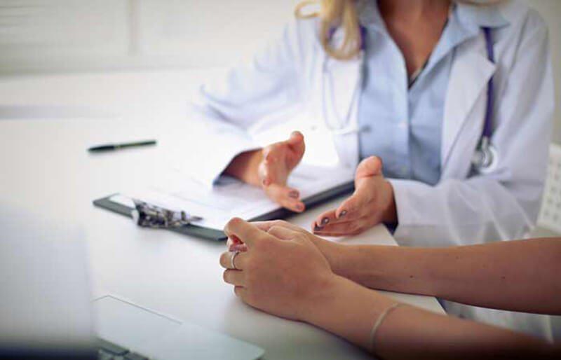 Những điều cần xem xét trước khi điều trị bằng laser đối với sẹo mụn