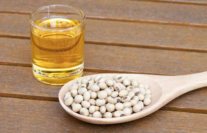 Thực phẩm giàu chất béo Omega-6: Ngô và dầu đậu nành