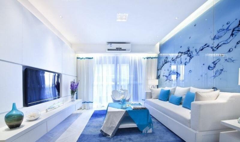 Phòng khách trông mát mẻ vui mắt hơn nhờ màu xanh lam nhạt